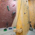 Climbing Bay 2, with 25° overhang